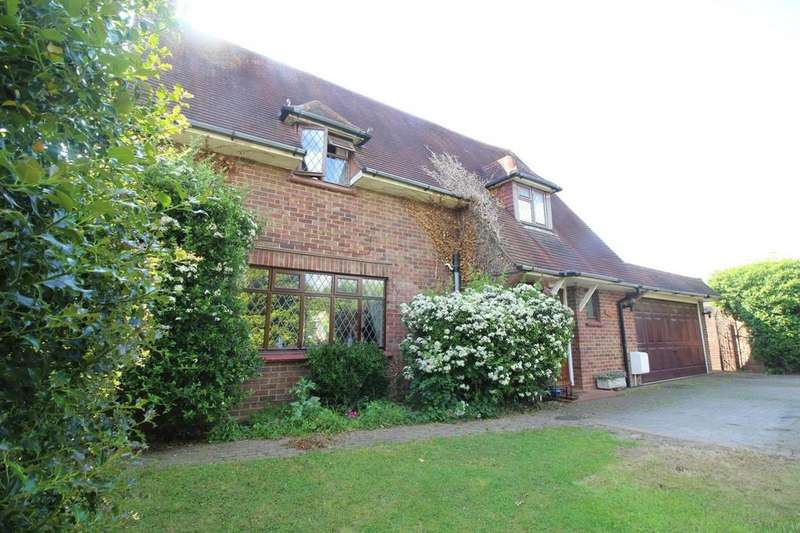 4 Bedrooms Detached House for sale in Ipswich Road, Colchester, Essex, CO4