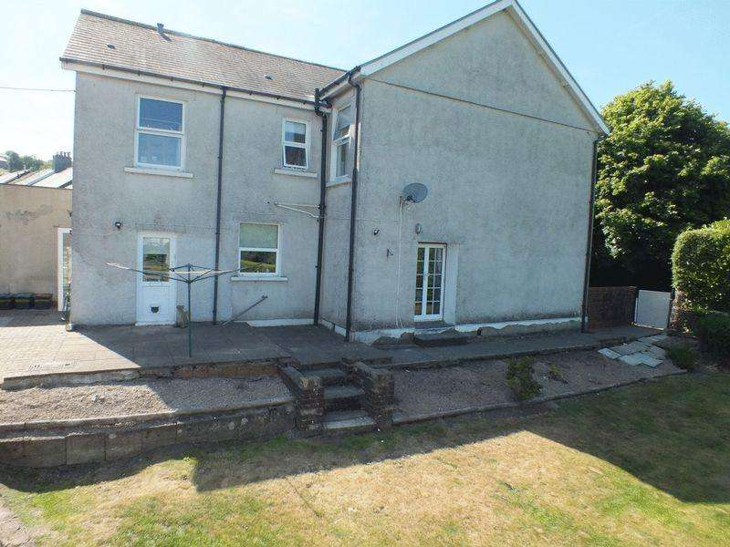 4 Bedrooms Semi Detached House for sale in Queen Victoria Street, Tredegar