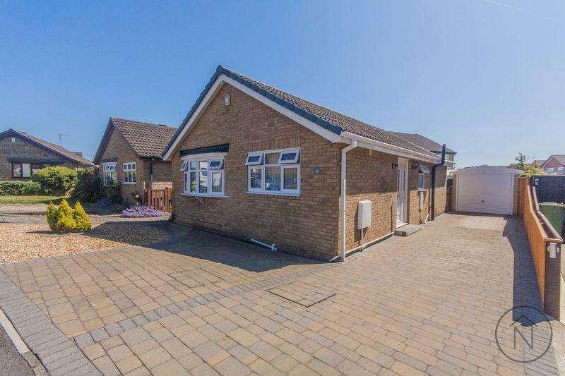 2 Bedrooms Detached Bungalow for sale in Driffield Way, Billingham
