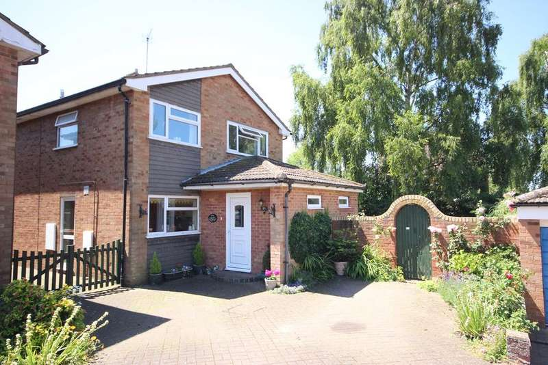 4 Bedrooms Detached House for sale in Appleglebe, Barton-le-Clay, MK45