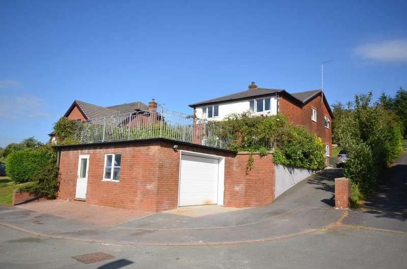 4 Bedrooms Detached House for sale in Maes y Garn, Bow Street