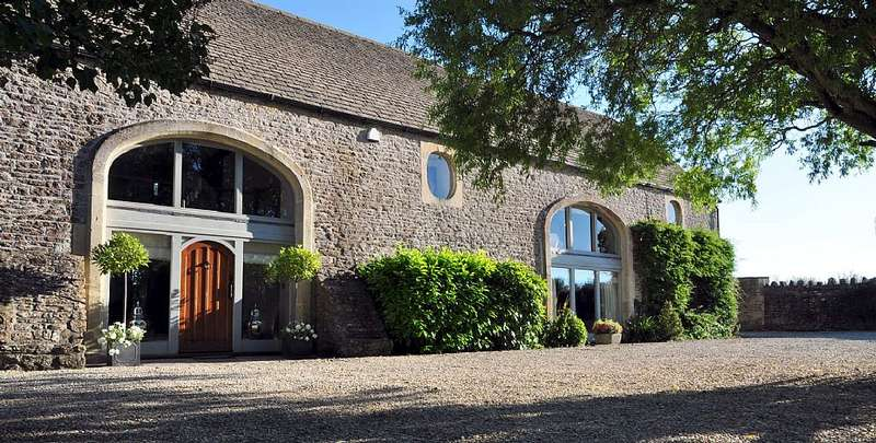 5 Bedrooms Barn Conversion Character Property for sale in Woolverton, Near Frome, Somerset, BA2 7QT