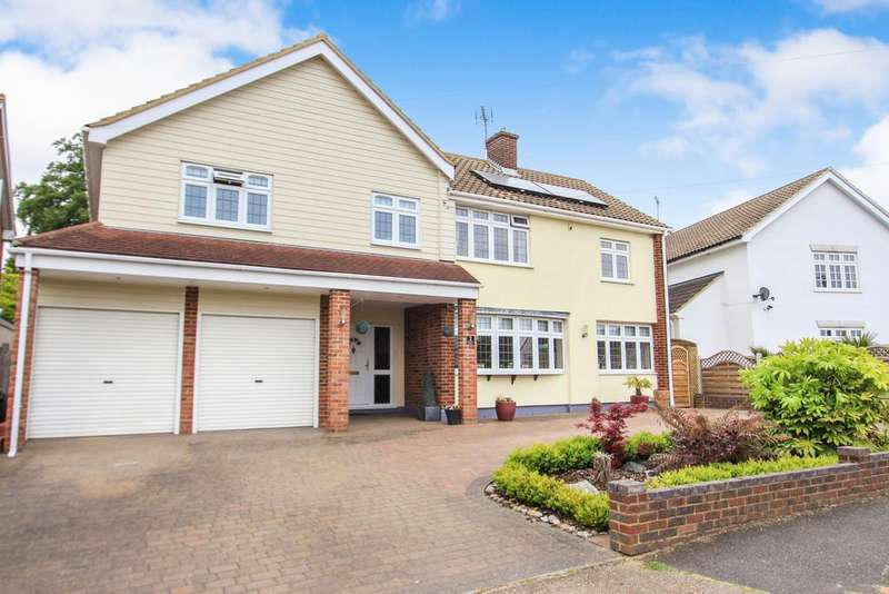 6 Bedrooms Detached House for sale in Kingswood Crescent, Rayleigh
