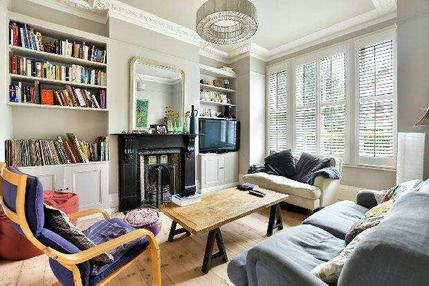 4 Bedrooms Terraced House for sale in DRESDEN ROAD Whitehall Park N19 3BQ