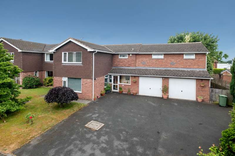 6 Bedrooms House for sale in 6 bedroom House Detached in Weaverham