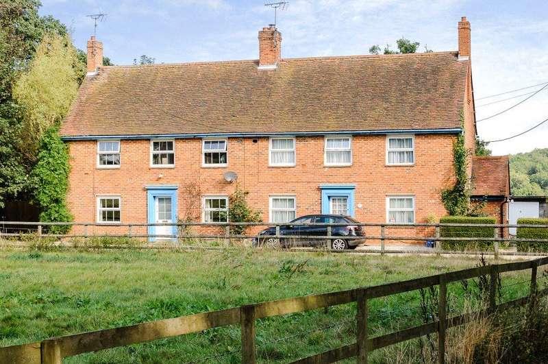 3 Bedrooms Semi Detached House for sale in 1 2 New Cottages, Shortgrove, Newport, Saffron Walden, Essex, CB11