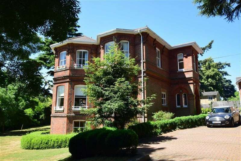 1 Bedroom Apartment Flat for sale in St Peters Avenue, Caversham Heights, Reading