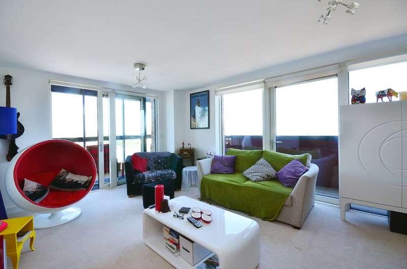 3 Bedrooms Flat for sale in Dalston Square, Dalston, E8