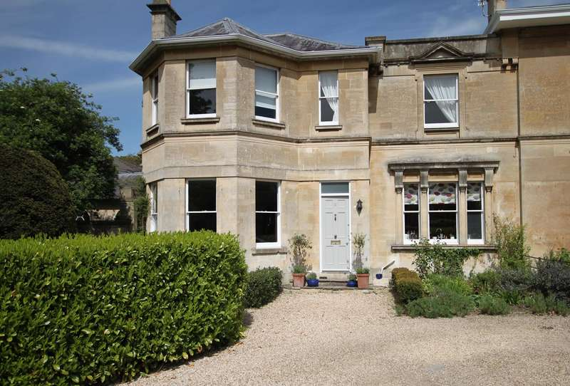 4 Bedrooms House for sale in Hilperton Road, Trowbridge, BA14