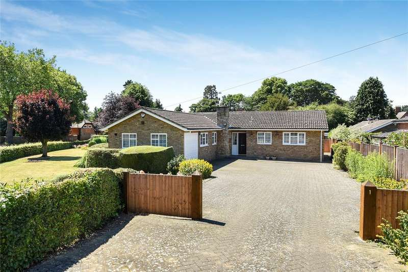 3 Bedrooms Detached Bungalow for sale in New Beacon Road, Grantham, NG31