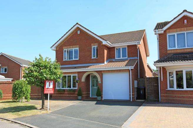 4 Bedrooms Detached House for sale in 6 Sandal Close, Leegomery, Telford, Shropshire, TF1 6ZY