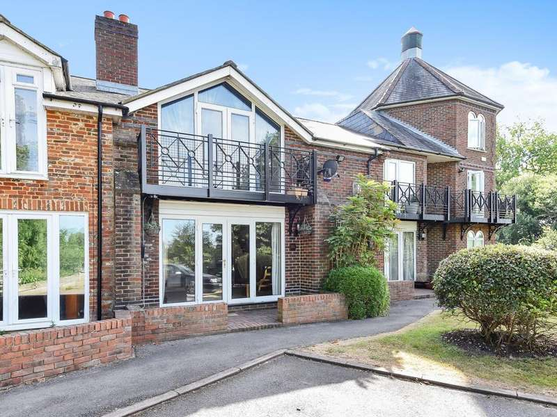 3 Bedrooms Town House for sale in The Brookmill, Reading, RG1