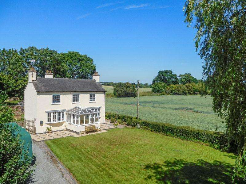 4 Bedrooms Detached House for sale in Shebdon, Stafford