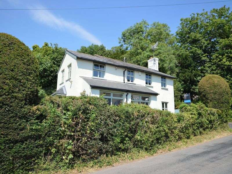 3 Bedrooms Property for sale in Llanvapley, Abergavenny
