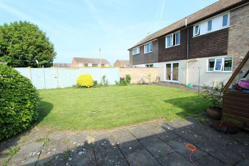 3 Bedrooms Semi Detached House for sale in Provost Road, Manby, Louth, LN11 8TT