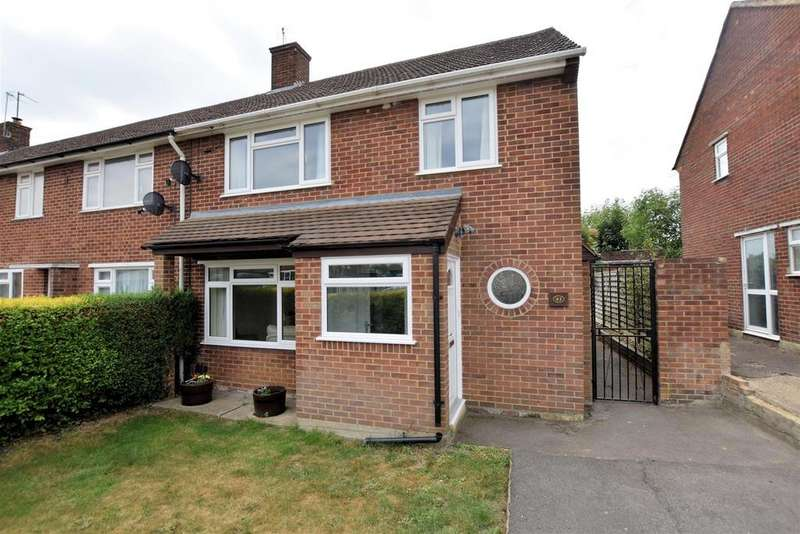 3 Bedrooms Semi Detached House for sale in Fawley Road, Reading