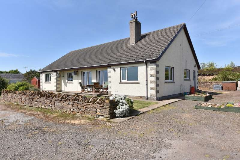 4 Bedrooms Bungalow for sale in Lower Newport, Berriedale, Caithness, Highland, KW7 6HA