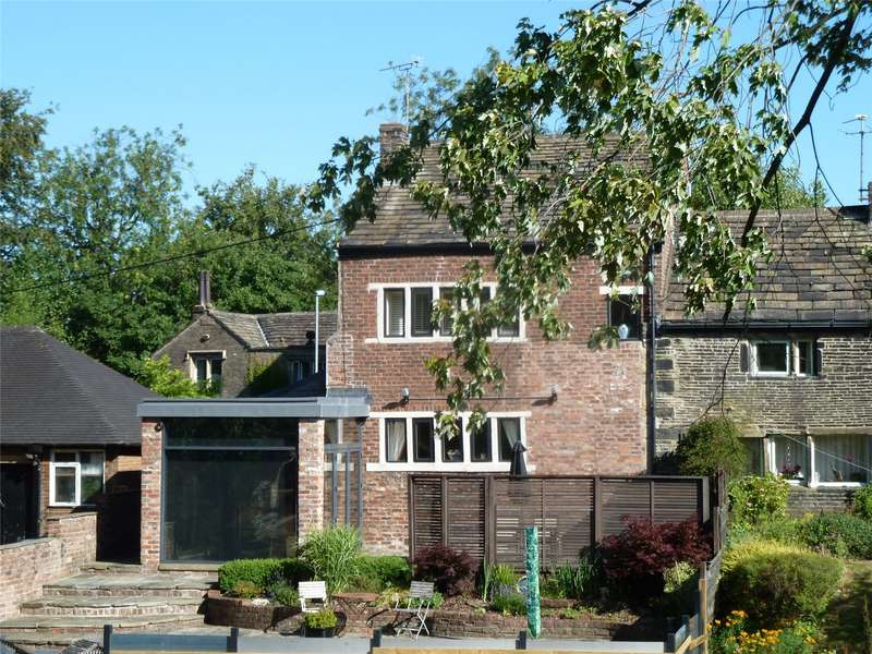 3 Bedrooms Semi Detached House for sale in Thornley Lane, Grotton, Saddleworth, OL4