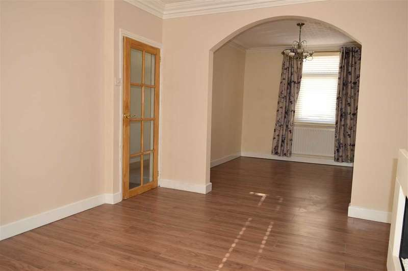 2 Bedrooms Terraced House for sale in Peter Street, Workington