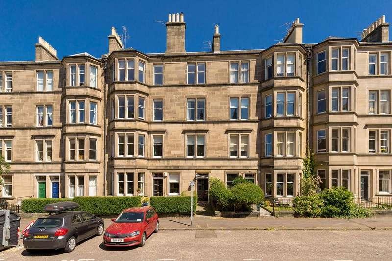 3 Bedrooms Flat for sale in 55/2 Arden Street, Marchmont, Edinburgh EH9