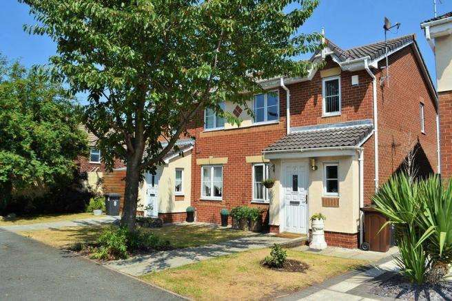 3 Bedrooms Semi Detached House for sale in Hexam Close, Netherton