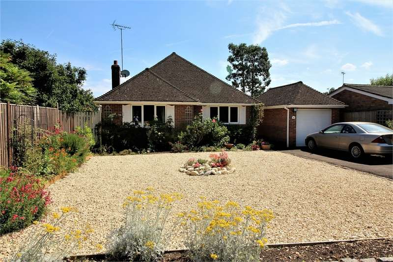 3 Bedrooms Detached Bungalow for sale in Bec Tithe, Whitchurch Hill, READING, Berkshire