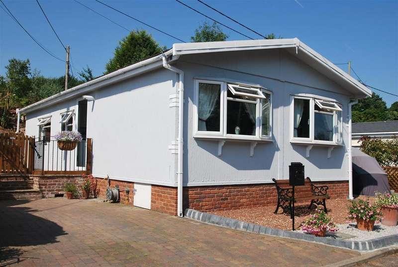 2 Bedrooms Park Home Mobile Home for sale in Eddisbury Hill Park, Eddisbury Hill, Delamere