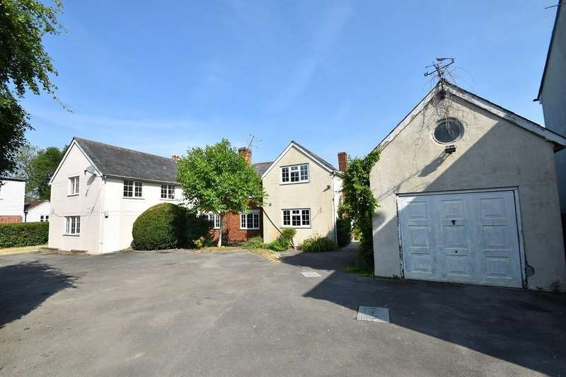 7 Bedrooms Detached House for sale in Church End, Broxted