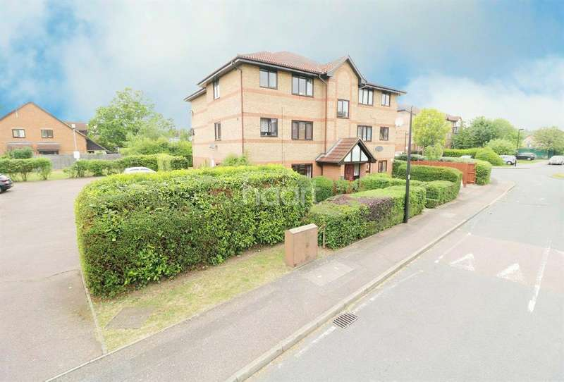 1 Bedroom Flat for sale in Dalrymple Close, Southgate, N14