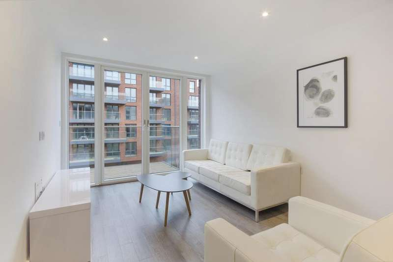 2 Bedrooms Flat for sale in Streatham Hill, Streatham, London SW2