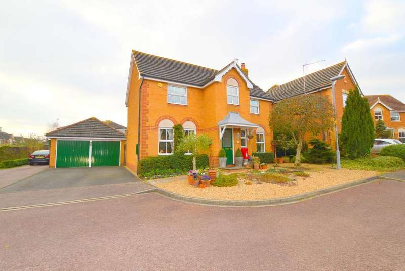 4 Bedrooms Detached House for sale in Gatehill Gardens, Barton Hills, Luton, LU3 4EZ