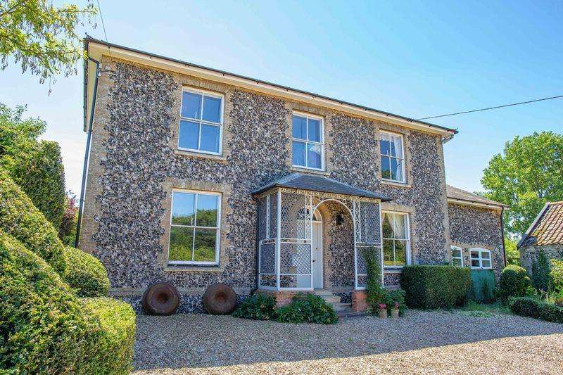 7 Bedrooms Detached House for sale in St. Johns Street, Beck Row