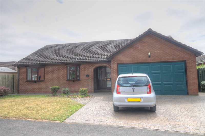 4 Bedrooms Detached Bungalow for sale in Greyfriars Close, Darlington, County Durham, DL3
