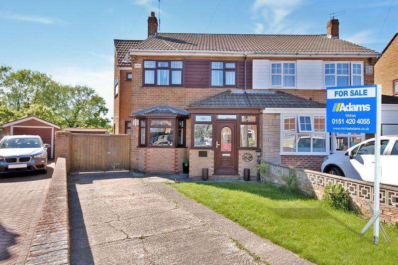 4 Bedrooms Semi Detached House for sale in Clincton View, Widnes