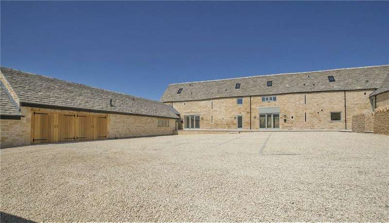5 Bedrooms Barn Conversion Character Property for sale in Berry Court, Stanton, Gloucestershire, WR12