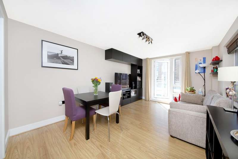 2 Bedrooms Apartment Flat for sale in St. Davids Square, London, E14