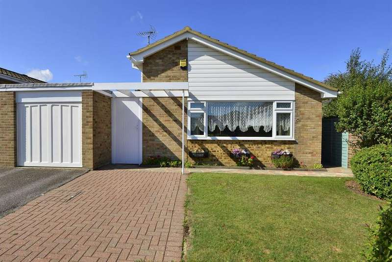 3 Bedrooms Detached Bungalow for sale in Cliff Field, Westgate-on-Sea