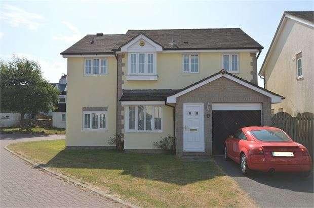 5 Bedrooms Detached House for sale in Tremlett Grove, Ipplepen, Newton Abbot, Devon. TQ12 5BZ