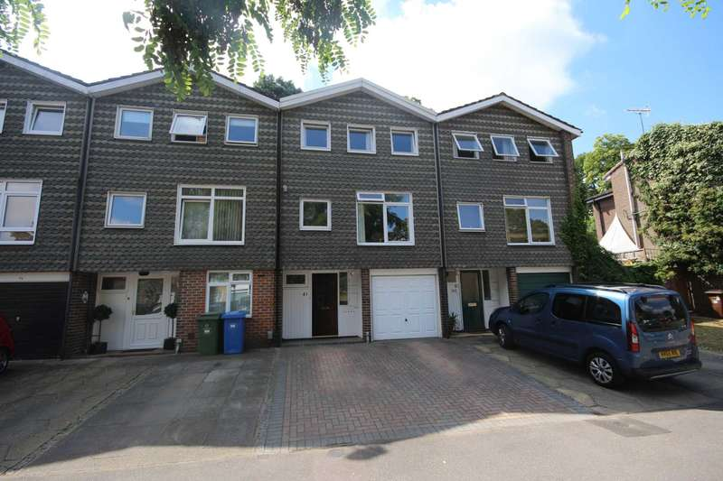 3 Bedrooms Town House for sale in Firlands, Bracknell