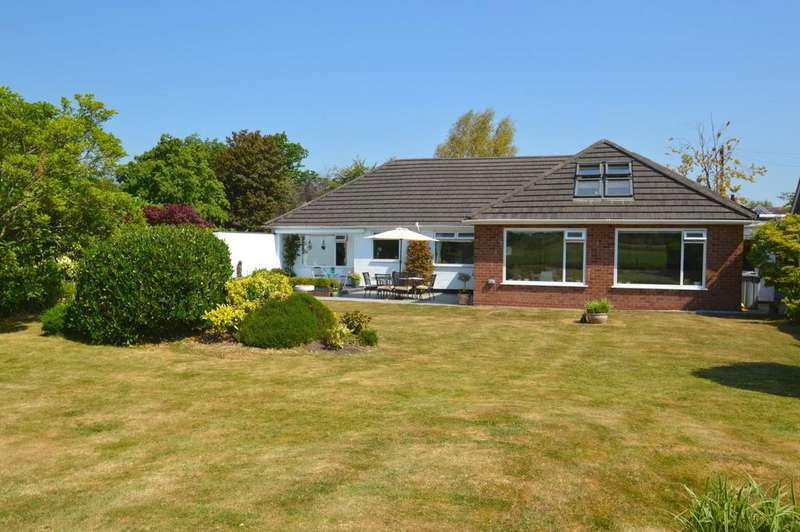 4 Bedrooms Bungalow for sale in Mayfield Road, Mobberley