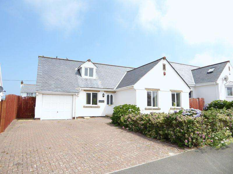 3 Bedrooms Detached Bungalow for sale in Castle Heights, Tintagel
