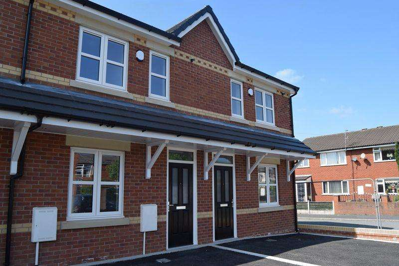 3 Bedrooms Mews House for sale in Arthur Street, Hindley, WN2 3PT