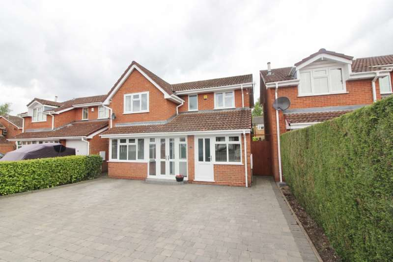 4 Bedrooms Detached House for sale in Buttermere Grove, Coppice Farm