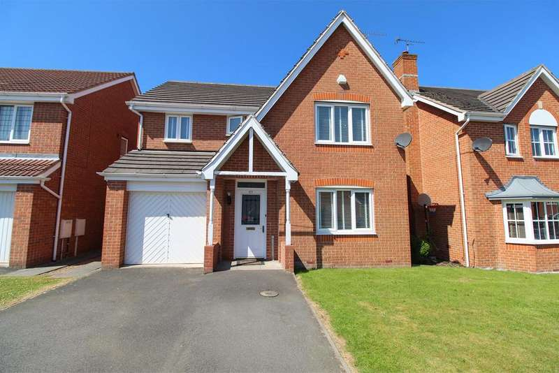 4 Bedrooms Detached House for sale in Rempstone Drive, Hasland, Chesterfield