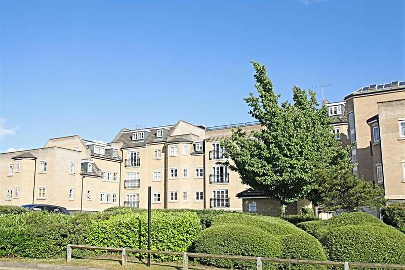 2 Bedrooms Apartment Flat for sale in Magnon Court, Lake Street, Leighton Buzzard