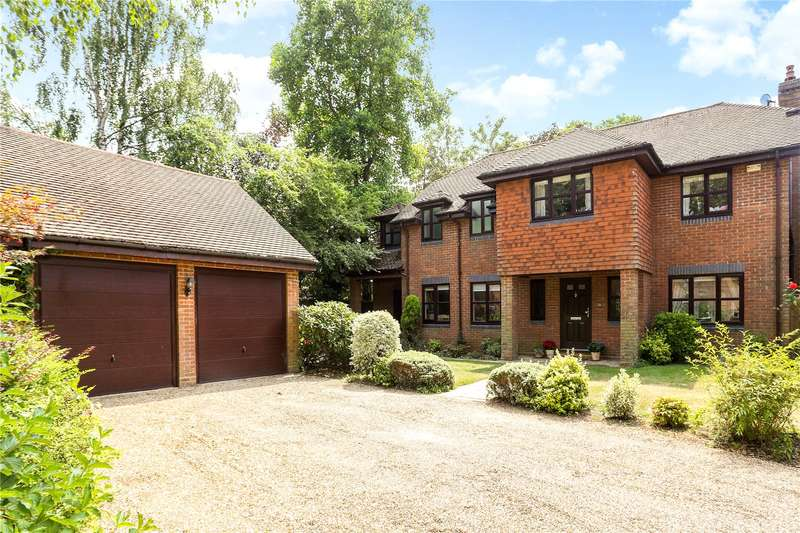 5 Bedrooms Detached House for sale in The Paddock, Godalming, Surrey, GU7