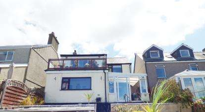 3 Bedrooms Detached House for sale in Bush Road, Felinheli, Gwynedd, ., LL56