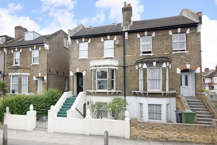 4 Bedrooms Semi Detached House for sale in Brockley Rise London SE23