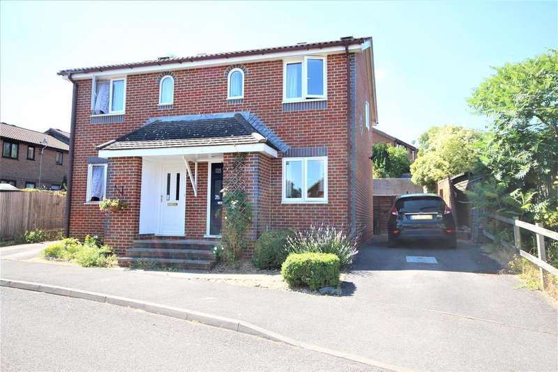 2 Bedrooms Semi Detached House for sale in Stephen Close, Twyford, Reading