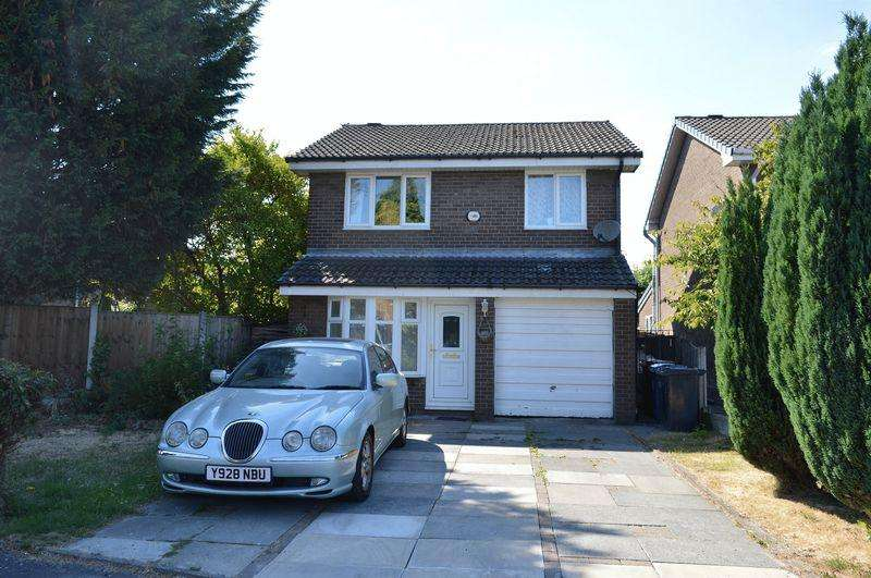 3 Bedrooms Detached House for sale in Holly Bush Square, Lowton, WA3 2JX